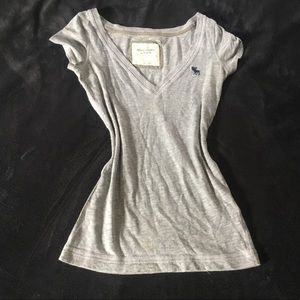 A&F Tee ! MOVING SALE !!